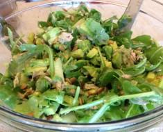tuna arugula super-food salad