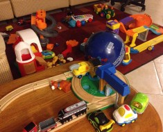 Tips for handling the toy mess